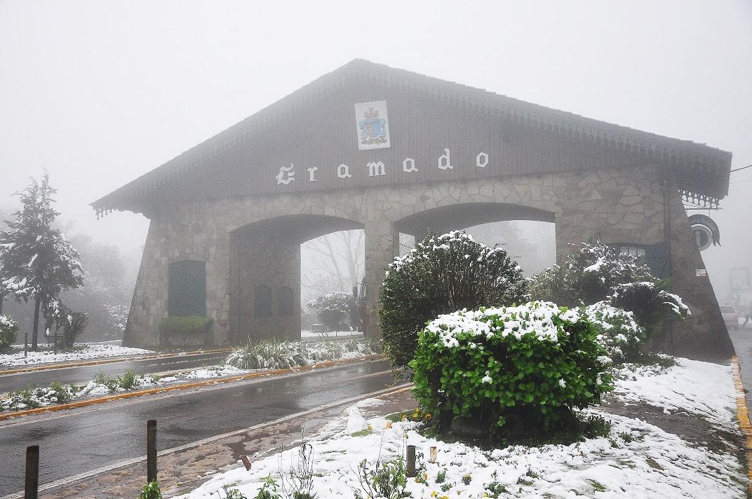 festival de inverno gramado com neve