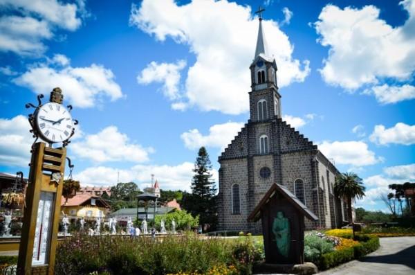 igreja sao pedro de gramado